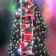 Новогодние Фигурки Деда Мороза Shine Santa (Санта Клауса) 3 шт по 35 см на лестнице